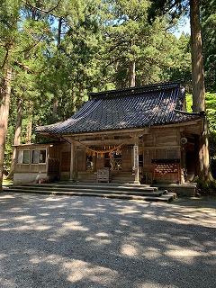 雄山神社(5月)